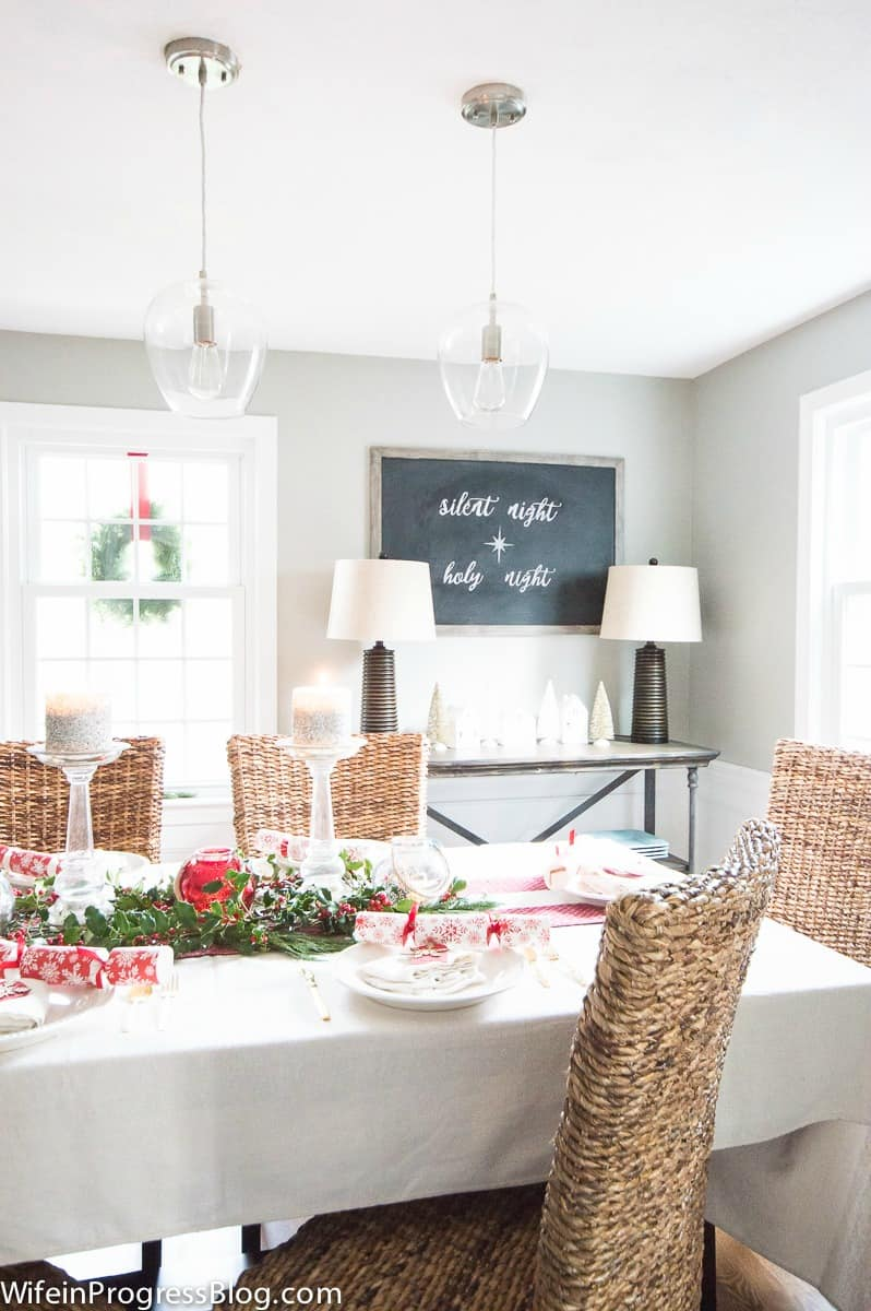 Pretty Christmas table decorations and a chalkboard. Perfect simple Christmas decor
