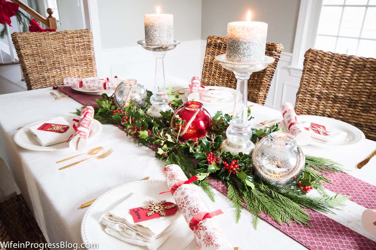 A simple traditional Christmas table setting.