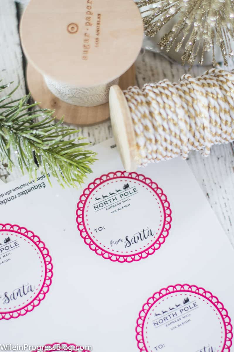 Free downloadable From Santa gift labels. These are too cute!