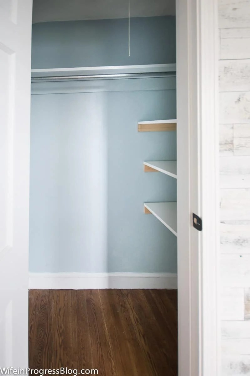 Learn how simple these inexpensive DIY closet shelves are to make in only a few minutes!