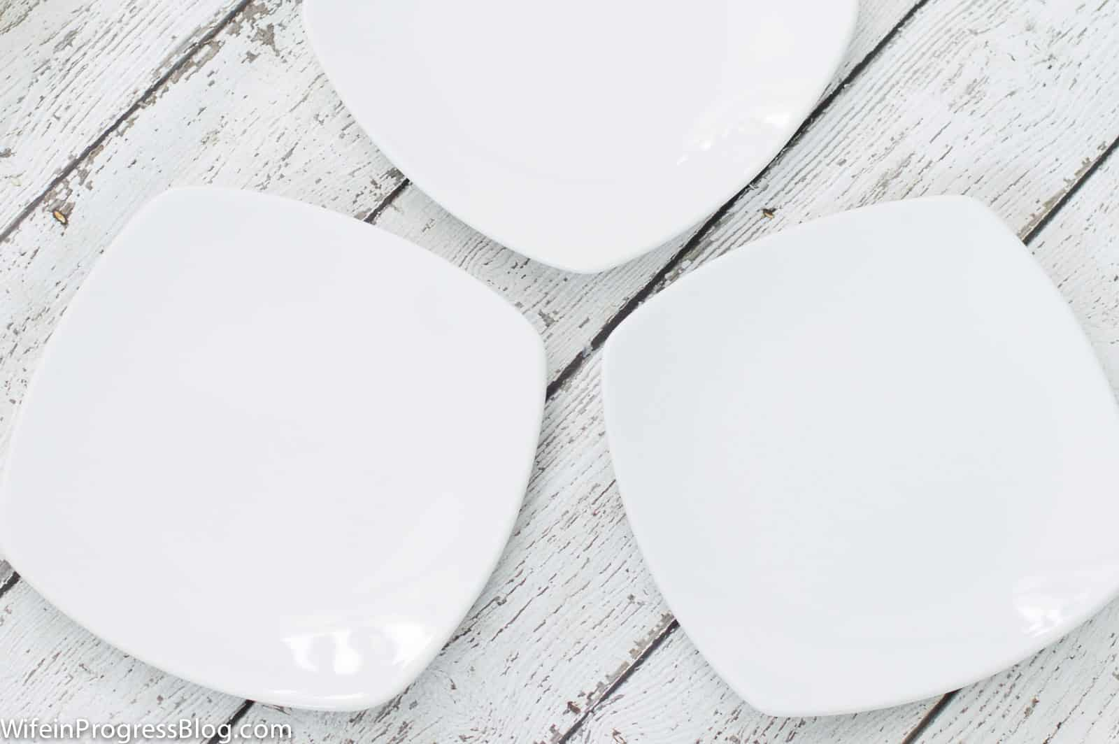 For this Valentine's craft, you'll need some oven-safe plates--I chose plain white salad plates