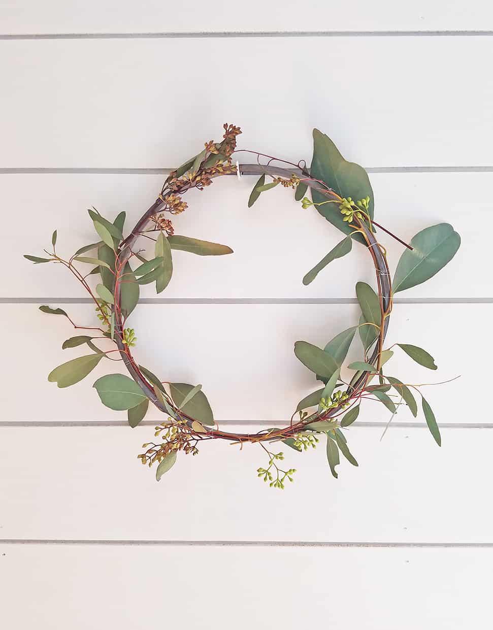 DIY Simple Spring Wreath