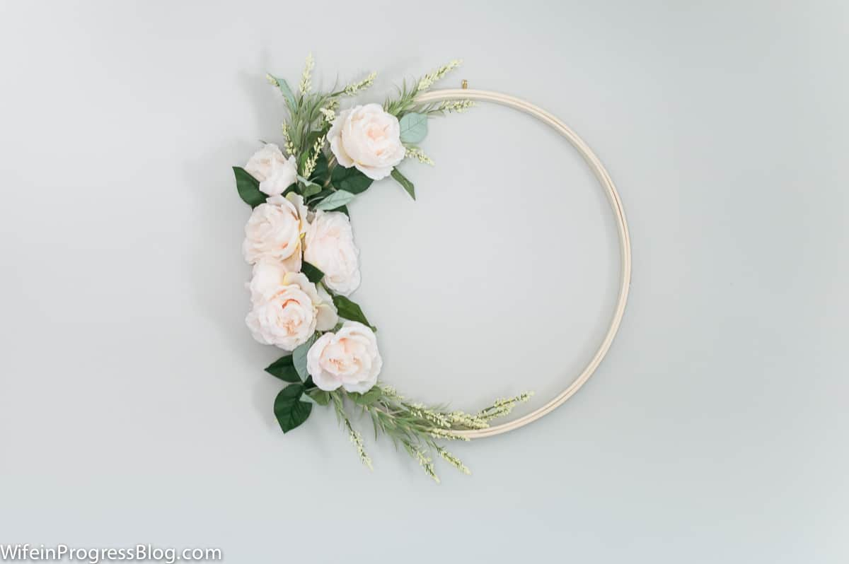 Spring wreath ideas | make a DIY spring wreath in only 20 minutes