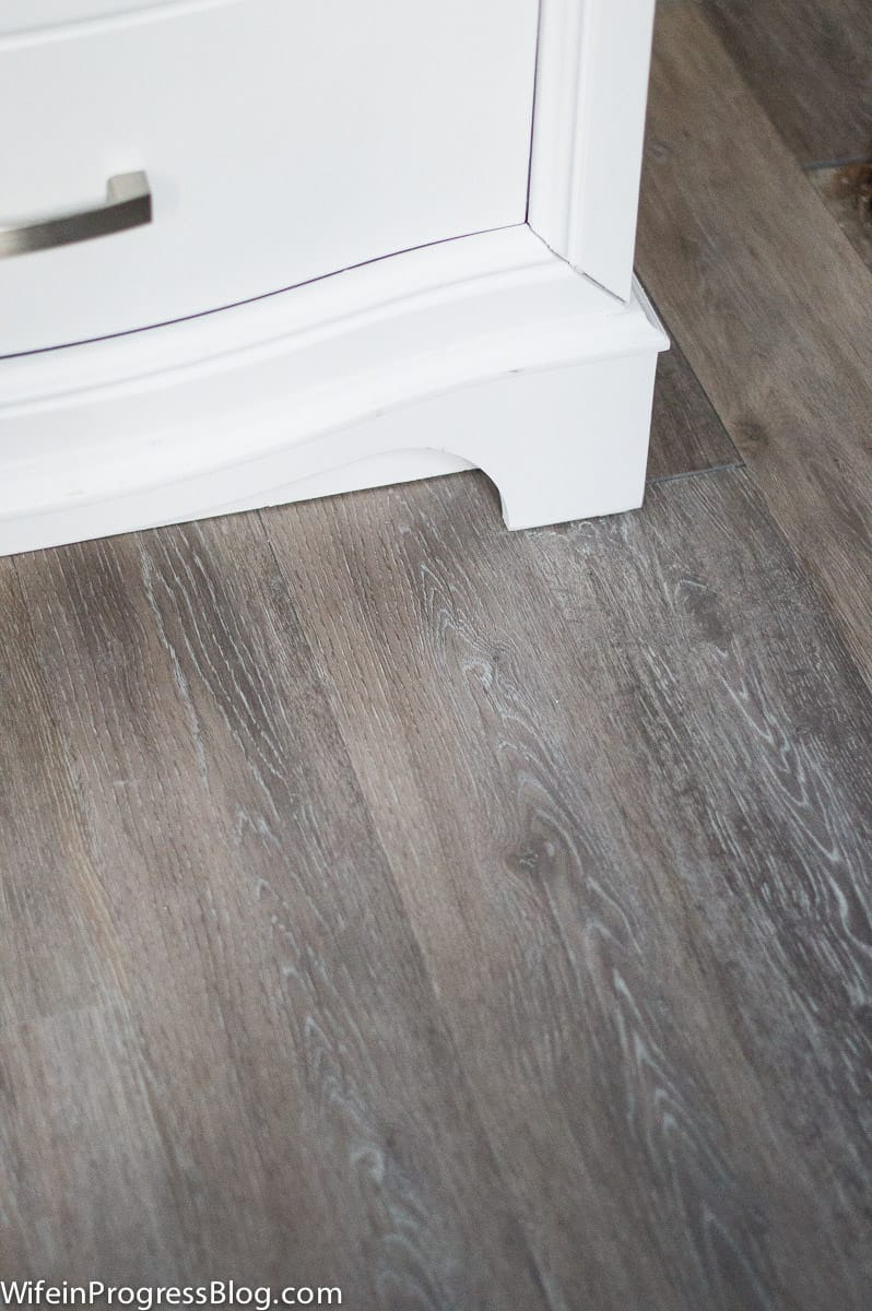 Bathroom with waterproof vinyl plank floors