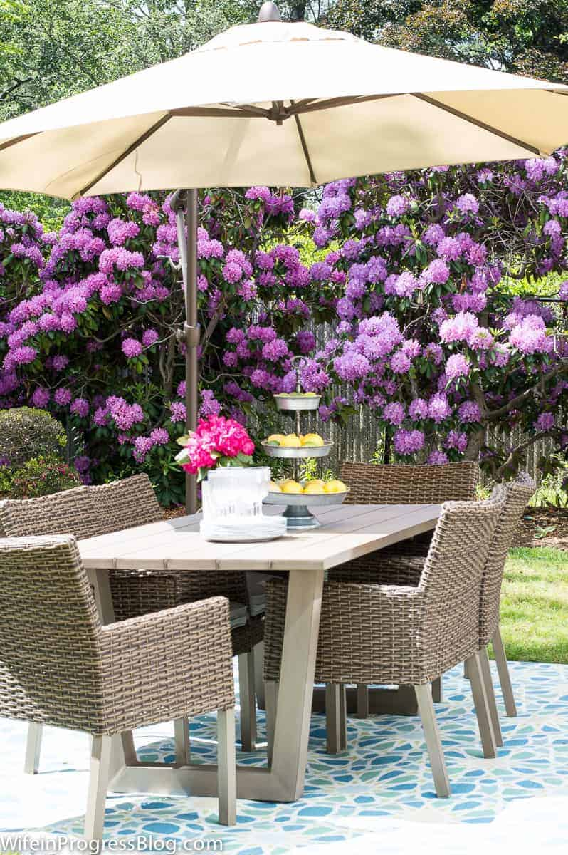Simple patio decorating tips