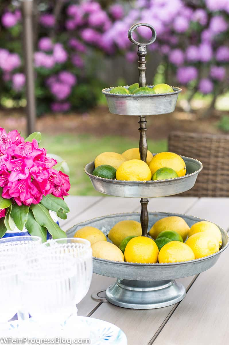 simple patio decor | outdoor tablescape tips