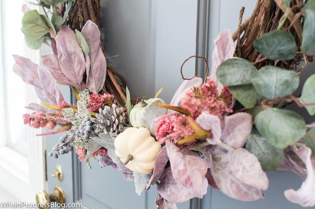 A pretty mauve wreath for fall. Rustic yet elegant.