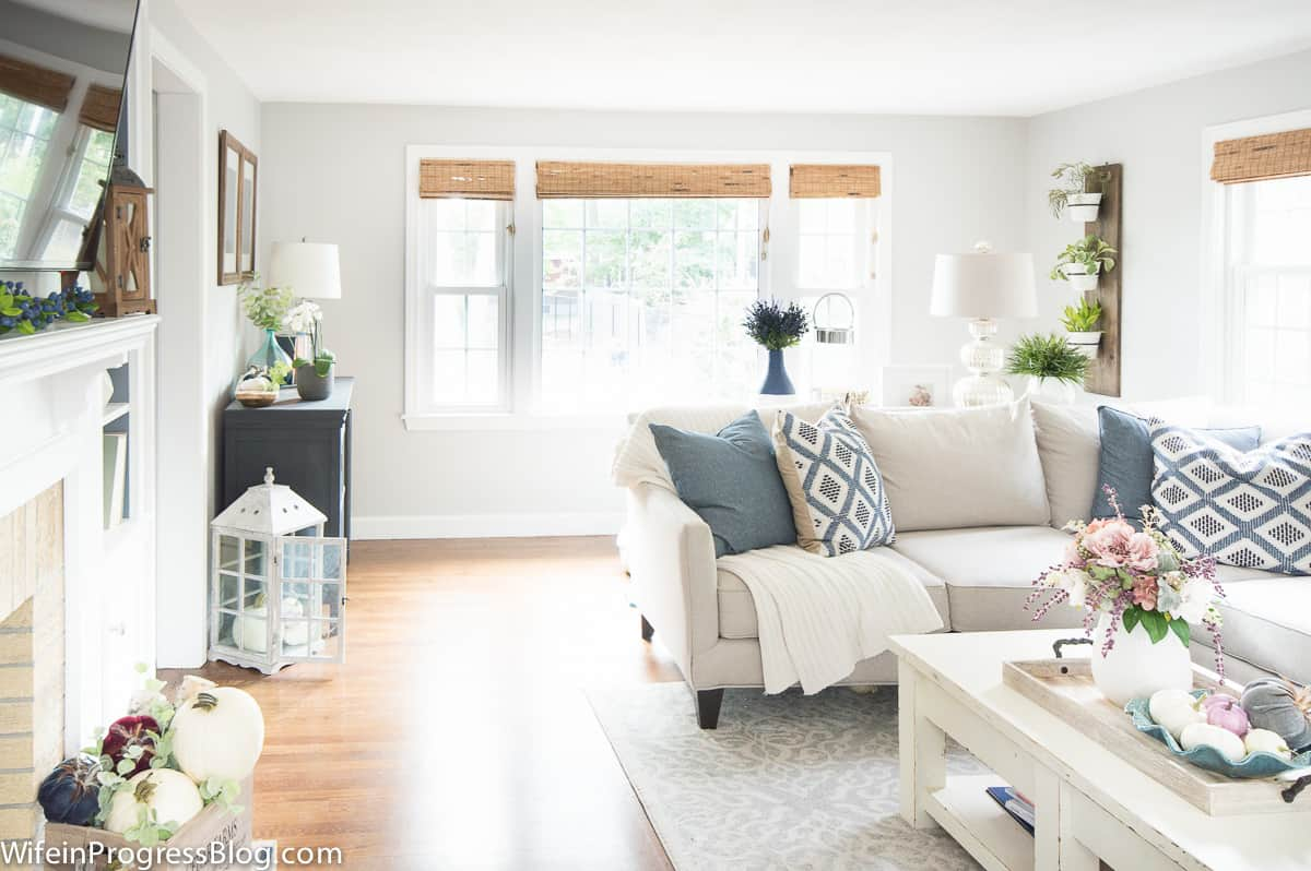 2017 Fall Home Tour with shades of mauve and blue