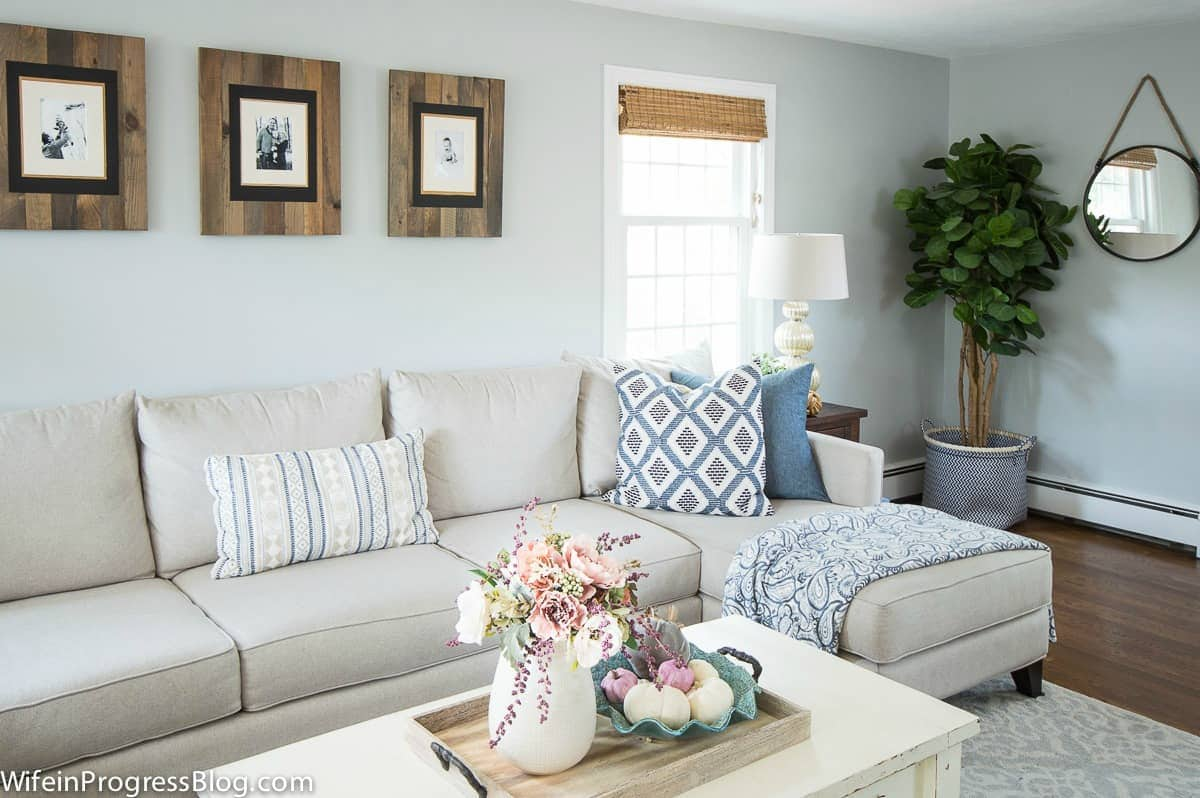 Farmhouse fall home tour with colors of blue and mauve