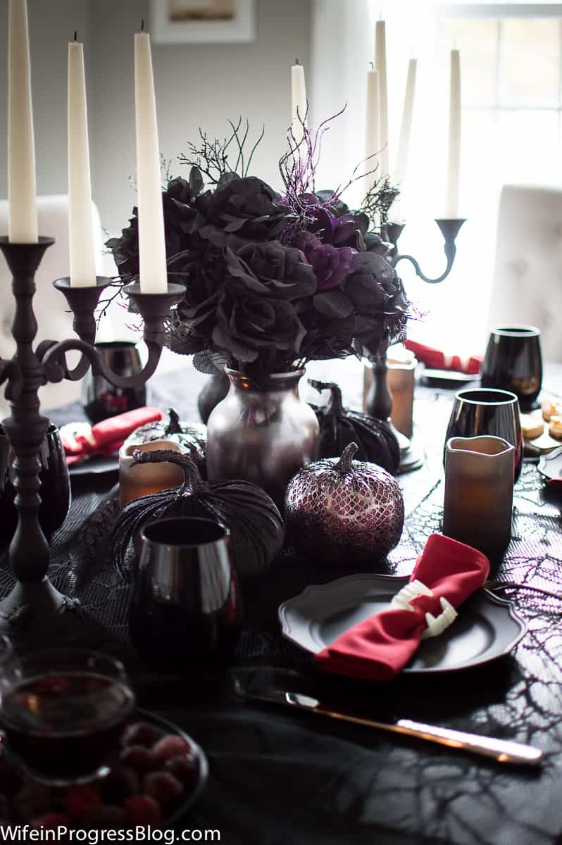A simple but spooky Halloween table setting!