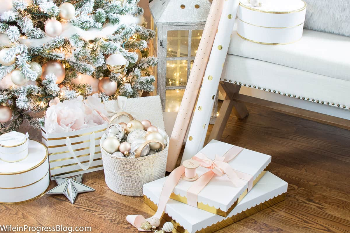 Beautiful pink and gold giftwrap to match the Christmas tree