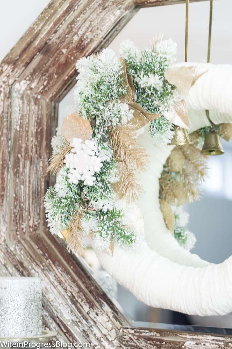 This DIY Christmas wreath is a beautiful idea for Christmas home decor