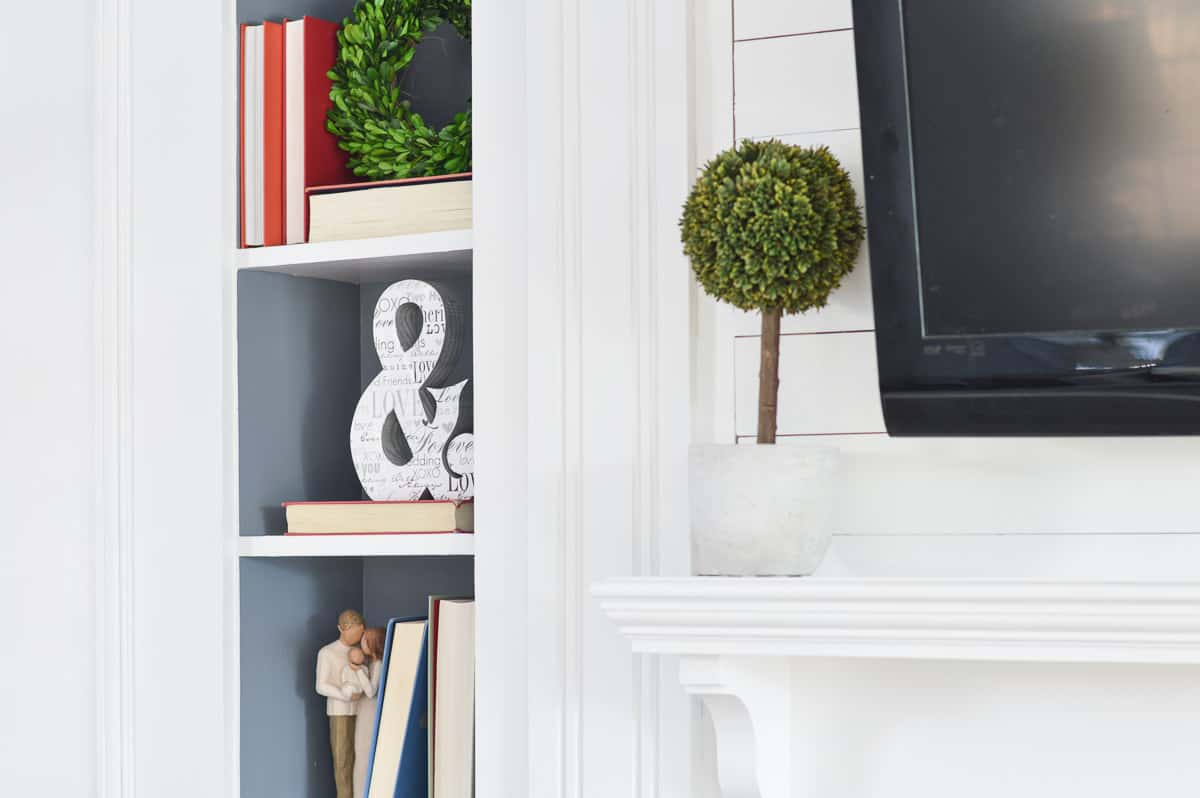 Decorator's White by Benjamin Moore - One of the best white paint colors for trim