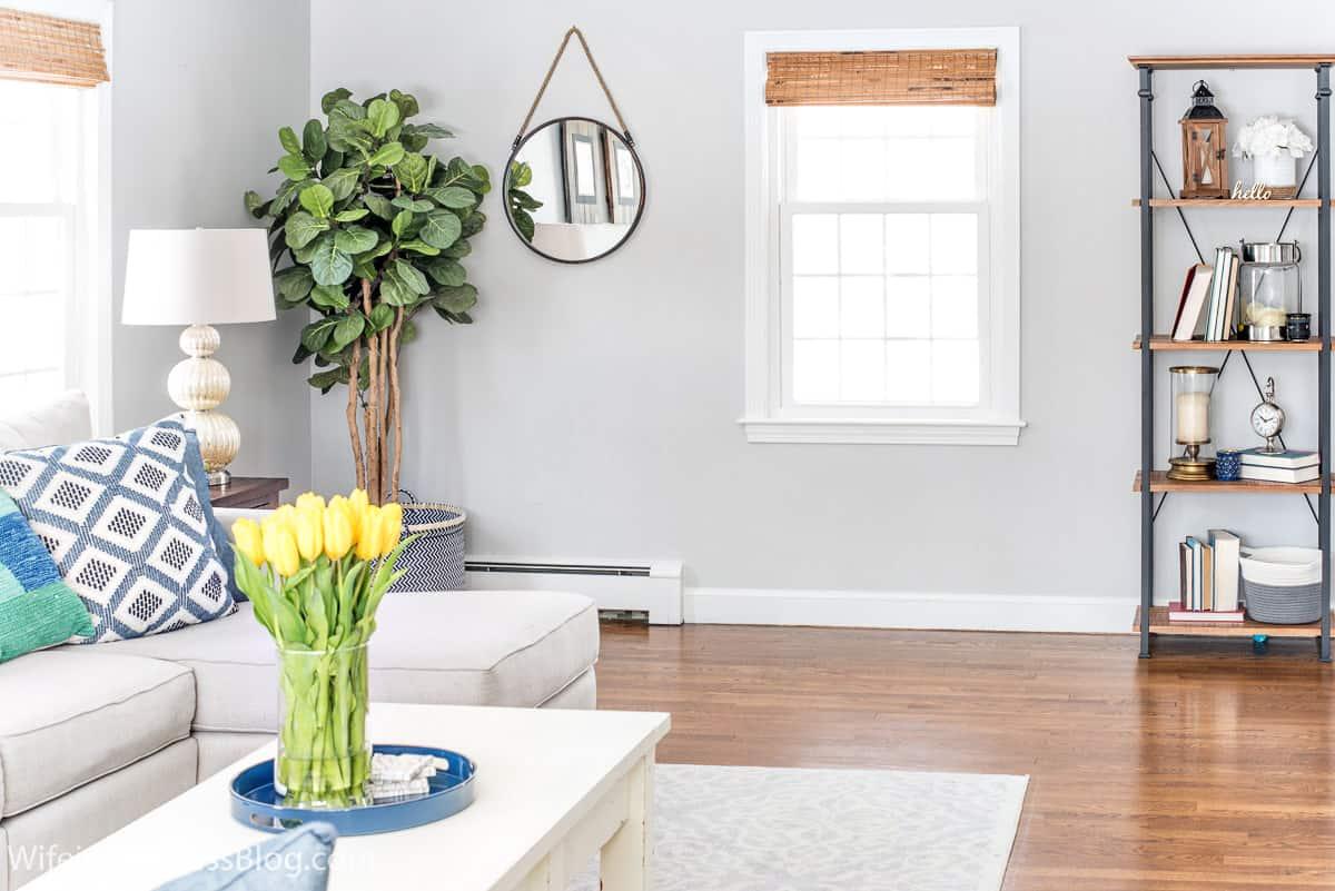 Benjamin Moore Stonington Gray living room walls
