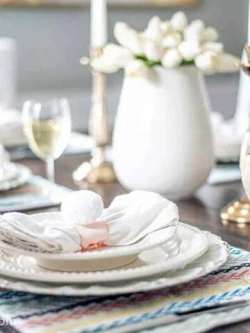 Easter table decor & DIY napkin rings