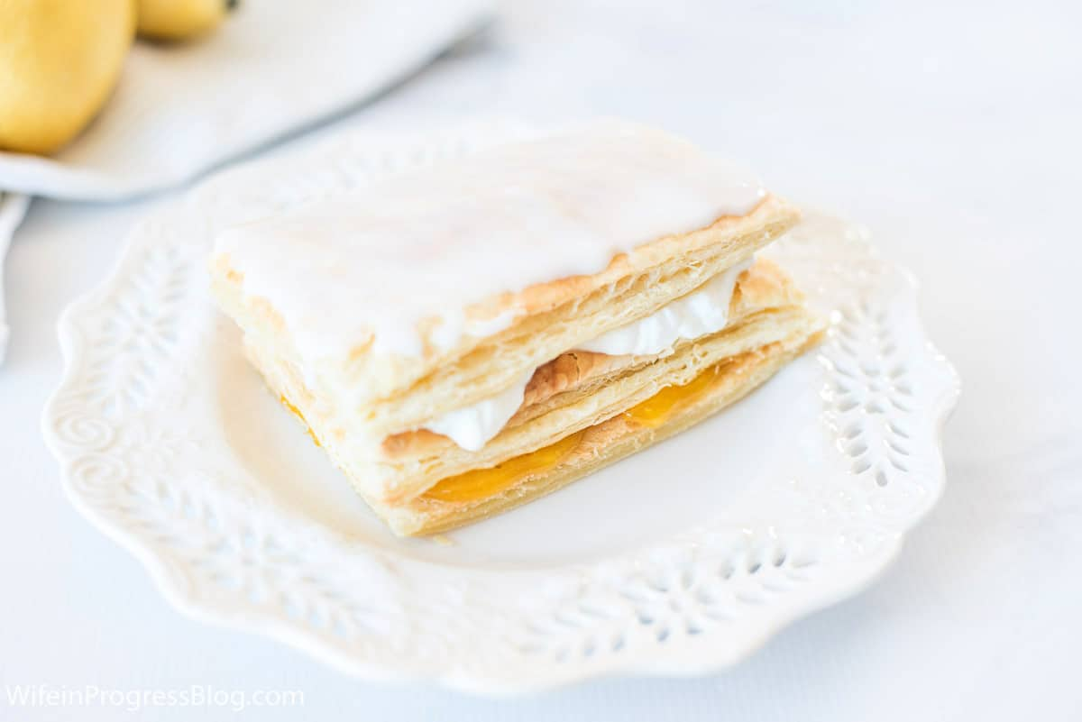 layers of puff pastry filled with cream and lemon curd
