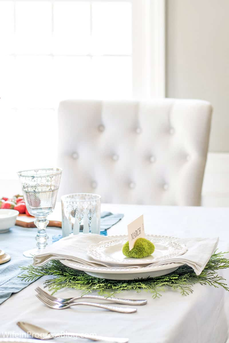Simple & easy to make DIY spring tablescape place setting using moss vase fillers