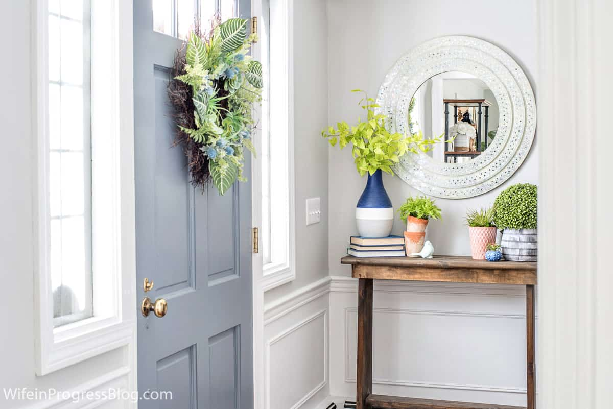 very small foyer ideas for spring decorating