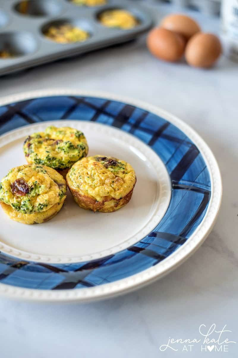 These sundried tomato, bacon and broccoli egg muffins are a lighter version of a quiche or frittata and are perfect for picky toddlers.