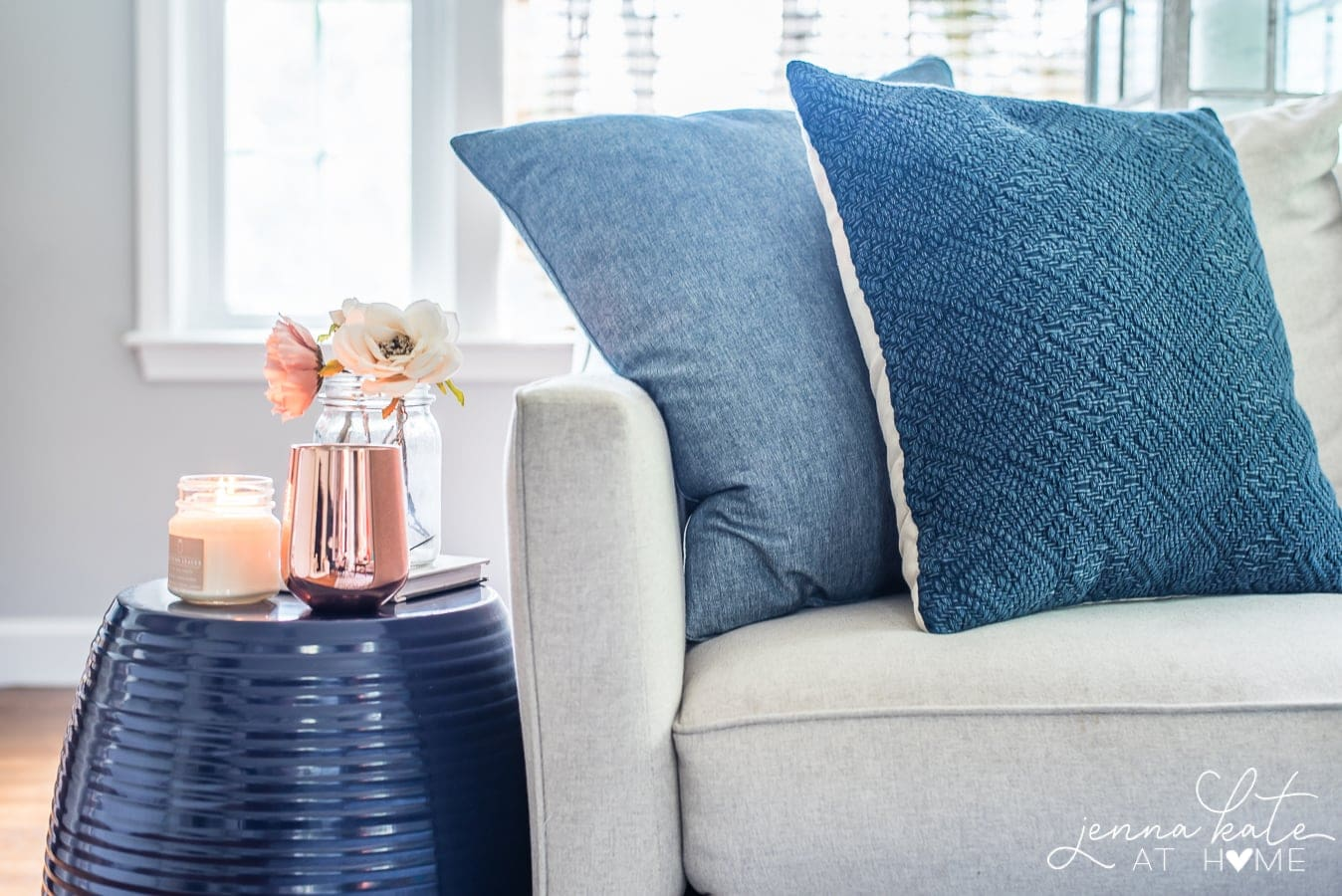 copper and navy is the perfect color combination for fall decor