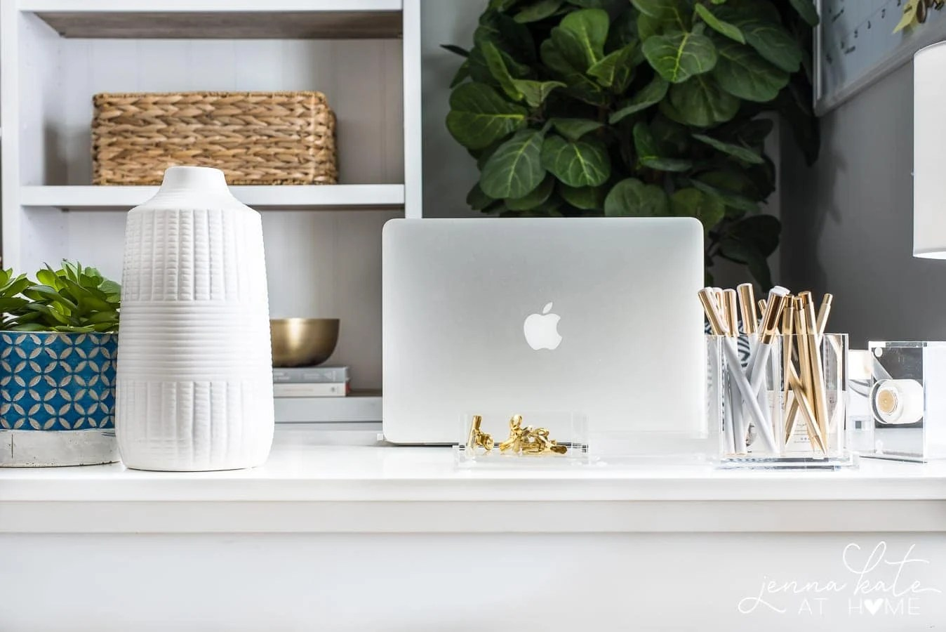 Surprisingly stylish small home office
