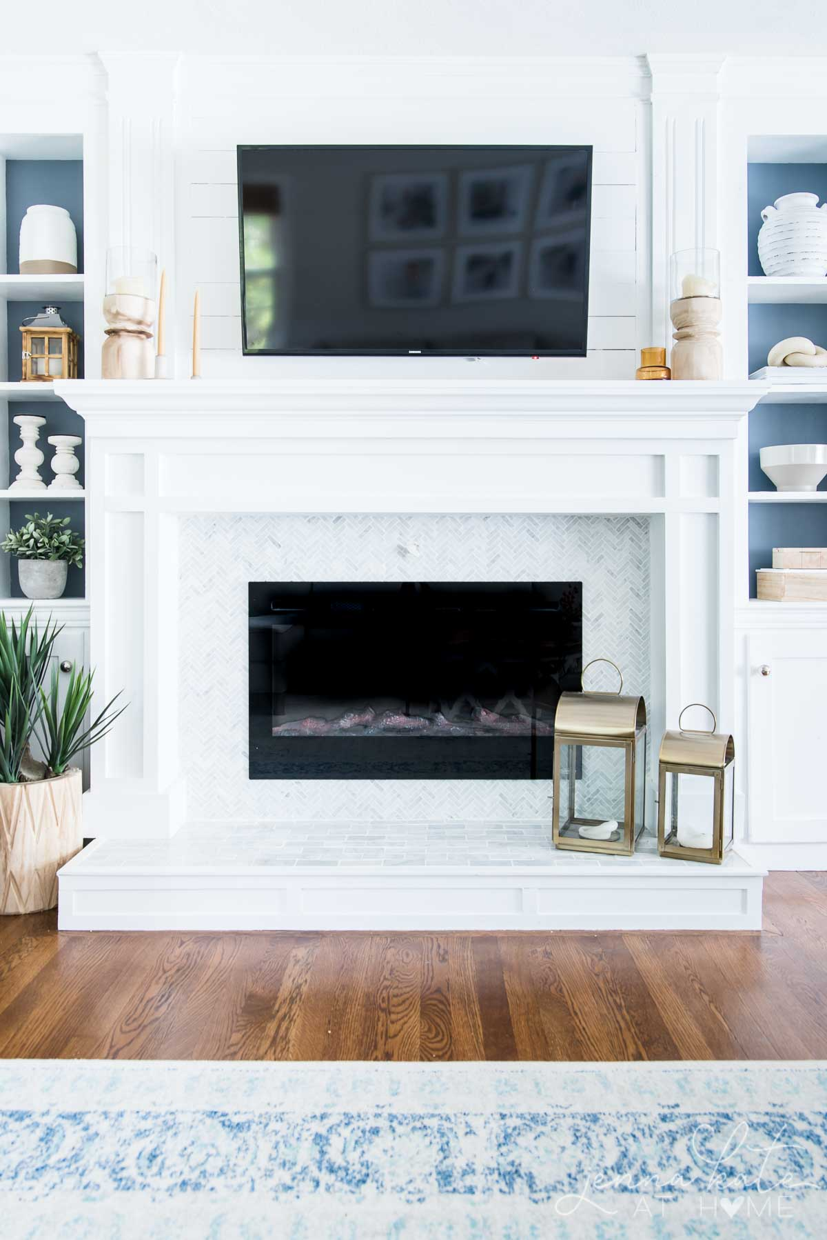 How to style a minimalist fireplace mantel for fall