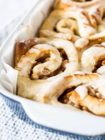 Forget Pillsbury cinnamon rolls. These homemade apple pie cinnamon rolls are the best thing you'll ever make!