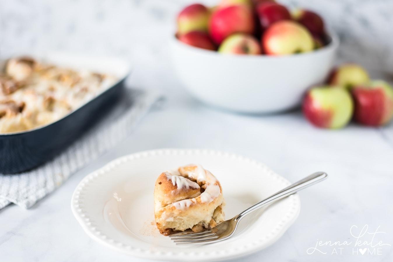 Easy homemade apple pie cinnamon rolls recipe