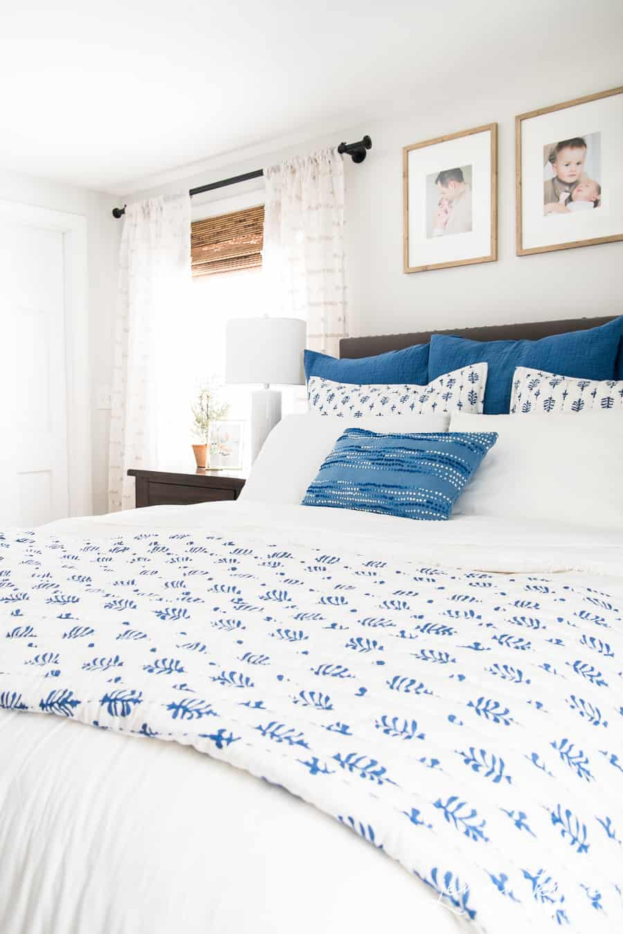 Blue and white master bedroom color scheme