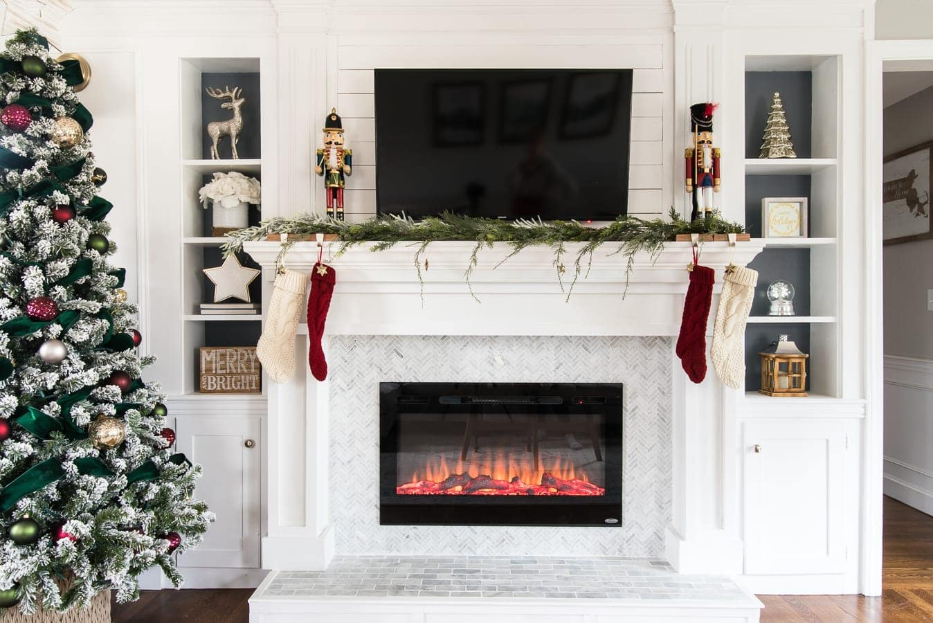 Christmas mantel decorating ideas with tv above it