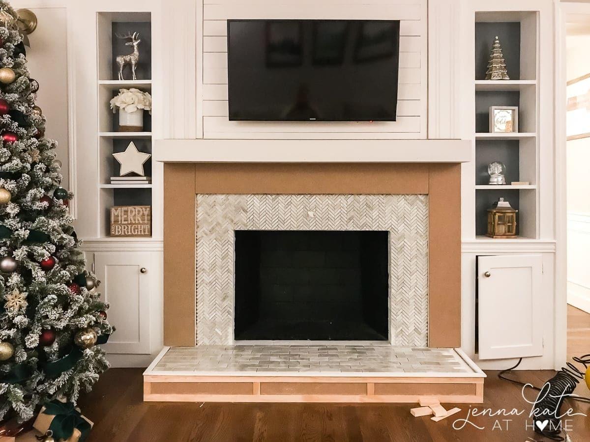 DIY fireplace surround and mantel