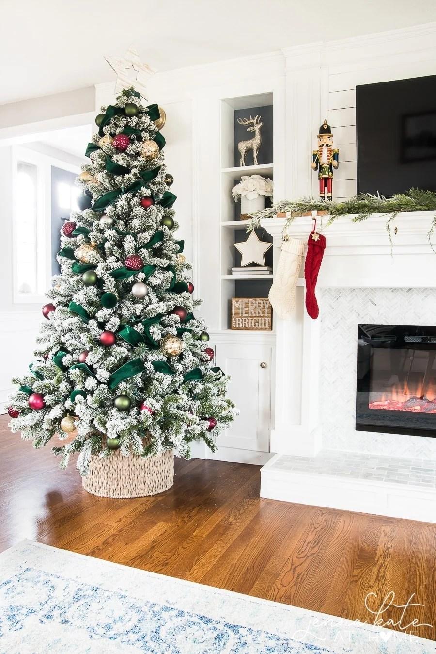 A fresh take on traditional Christmas decor