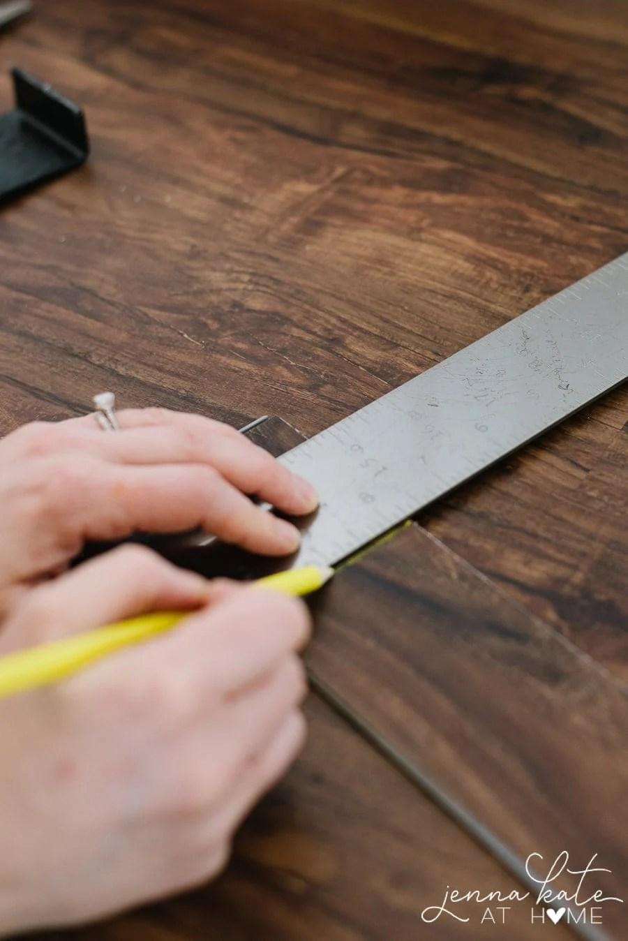 Snap and score luxury vinyl plank floor