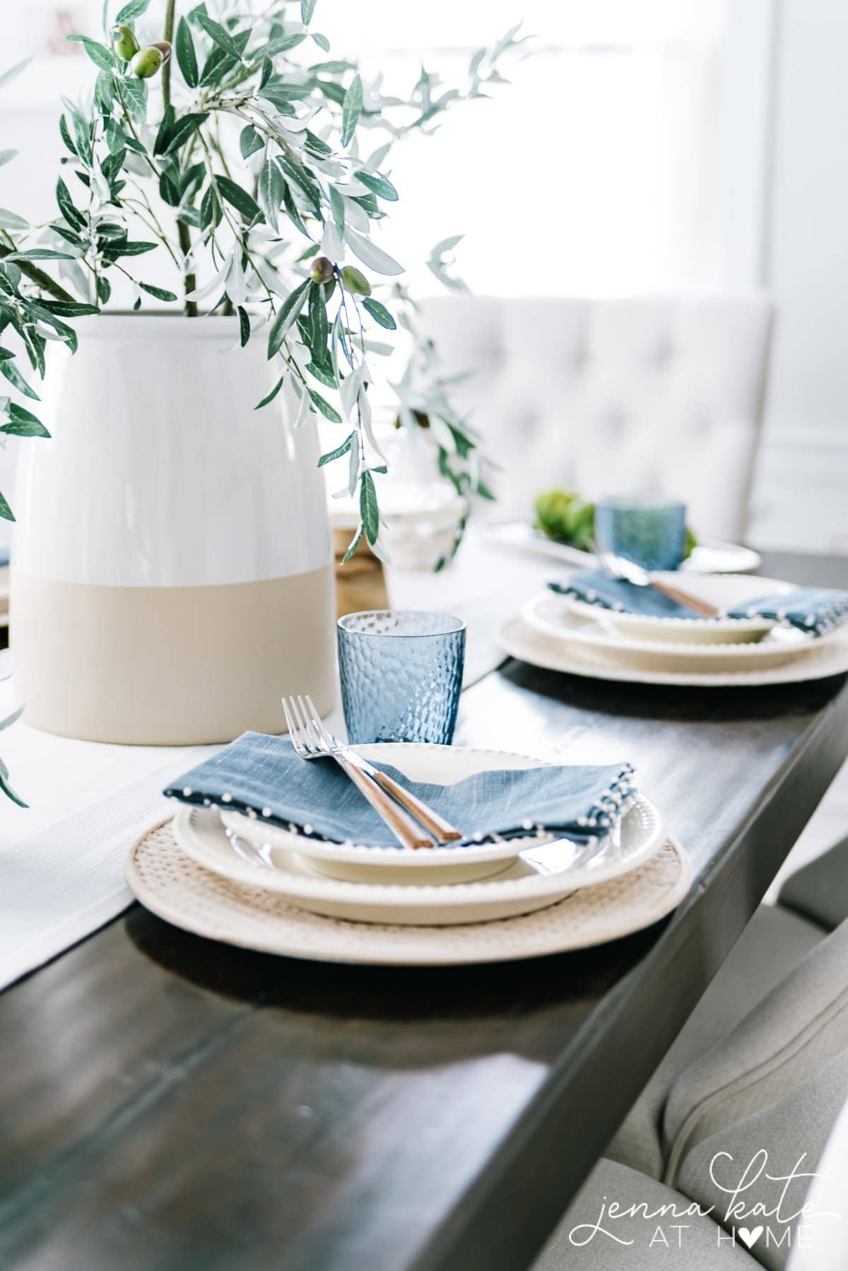 I love the light coastal blue color of these linen napkins and glassware. They add the perfect pops of color