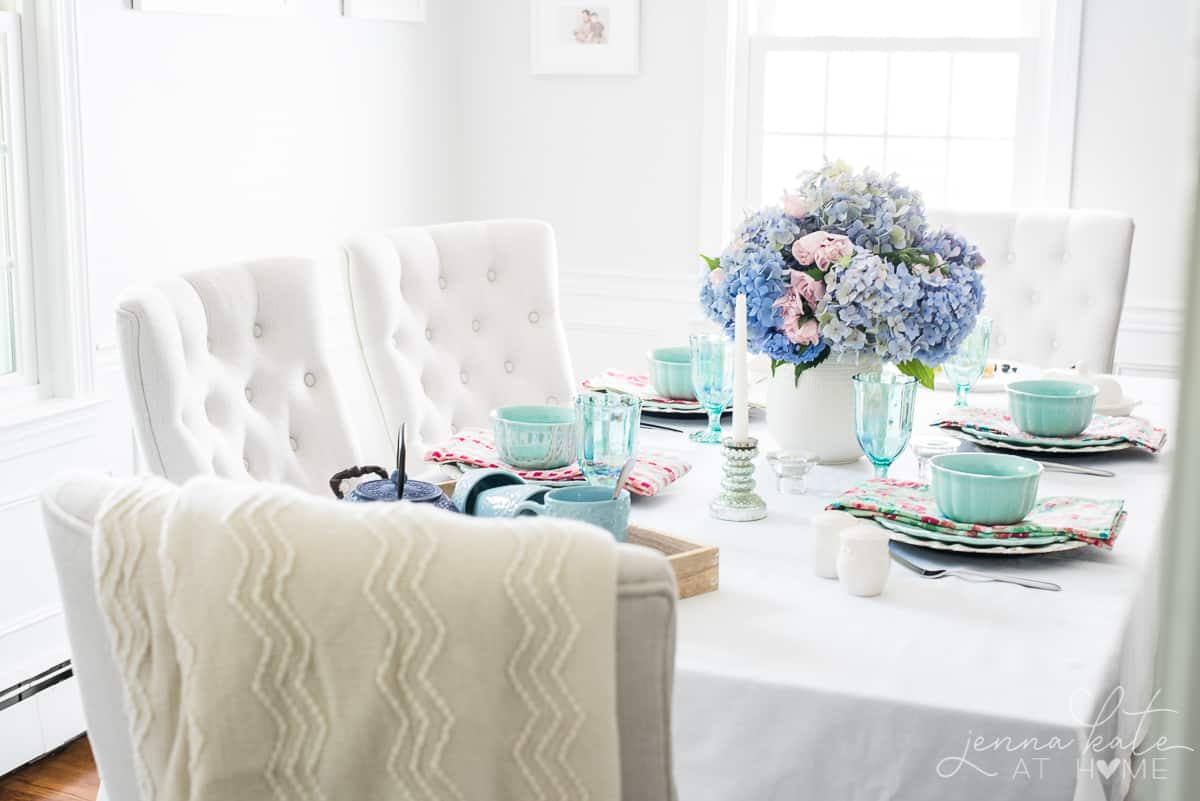 This bright and colorful country chic tablescape is perfect for Spring