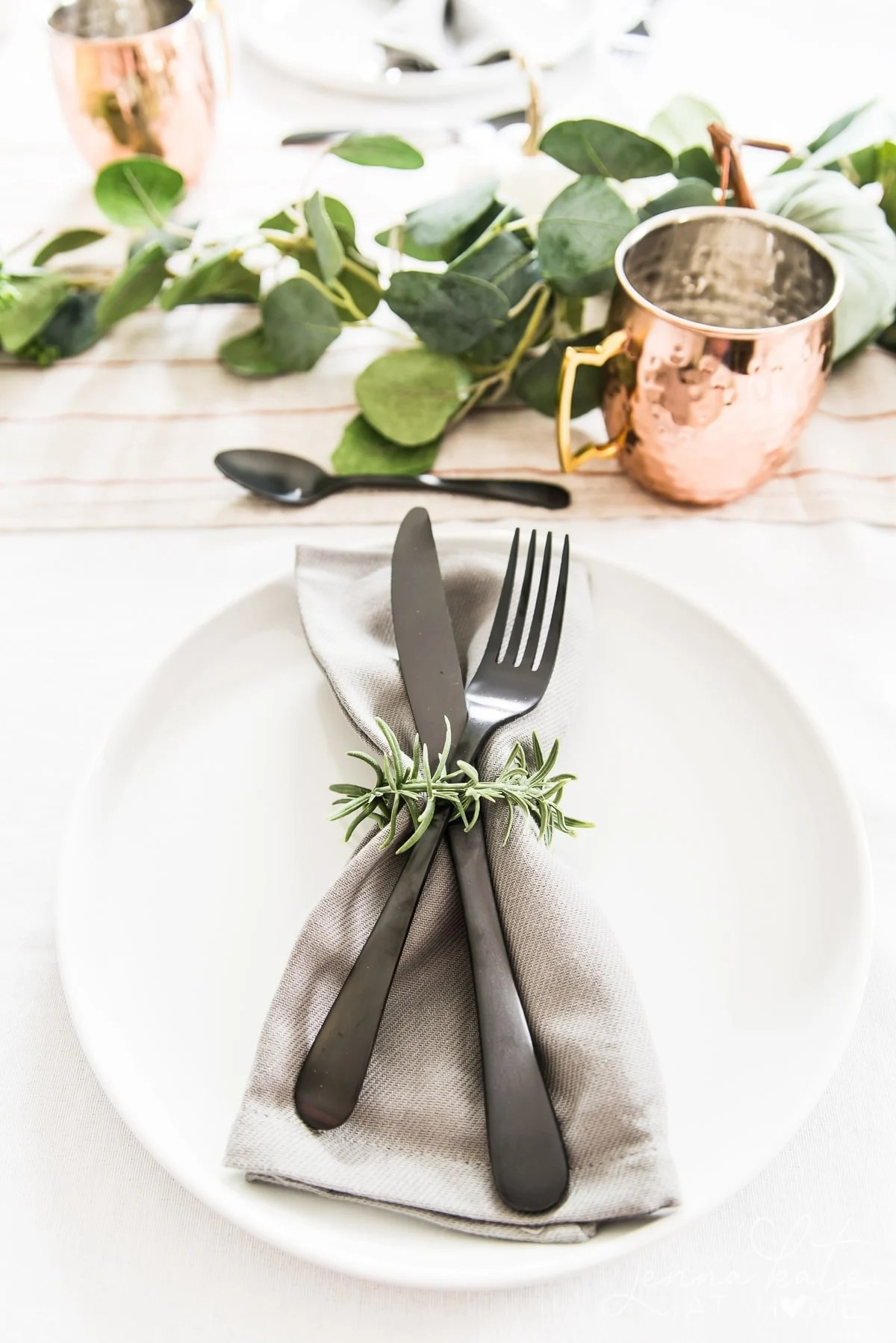 Non traditional fall tablesetting ideas for 2020