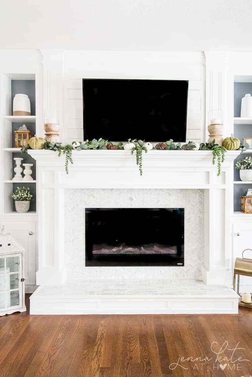 Beautiful fall living room mantel display
