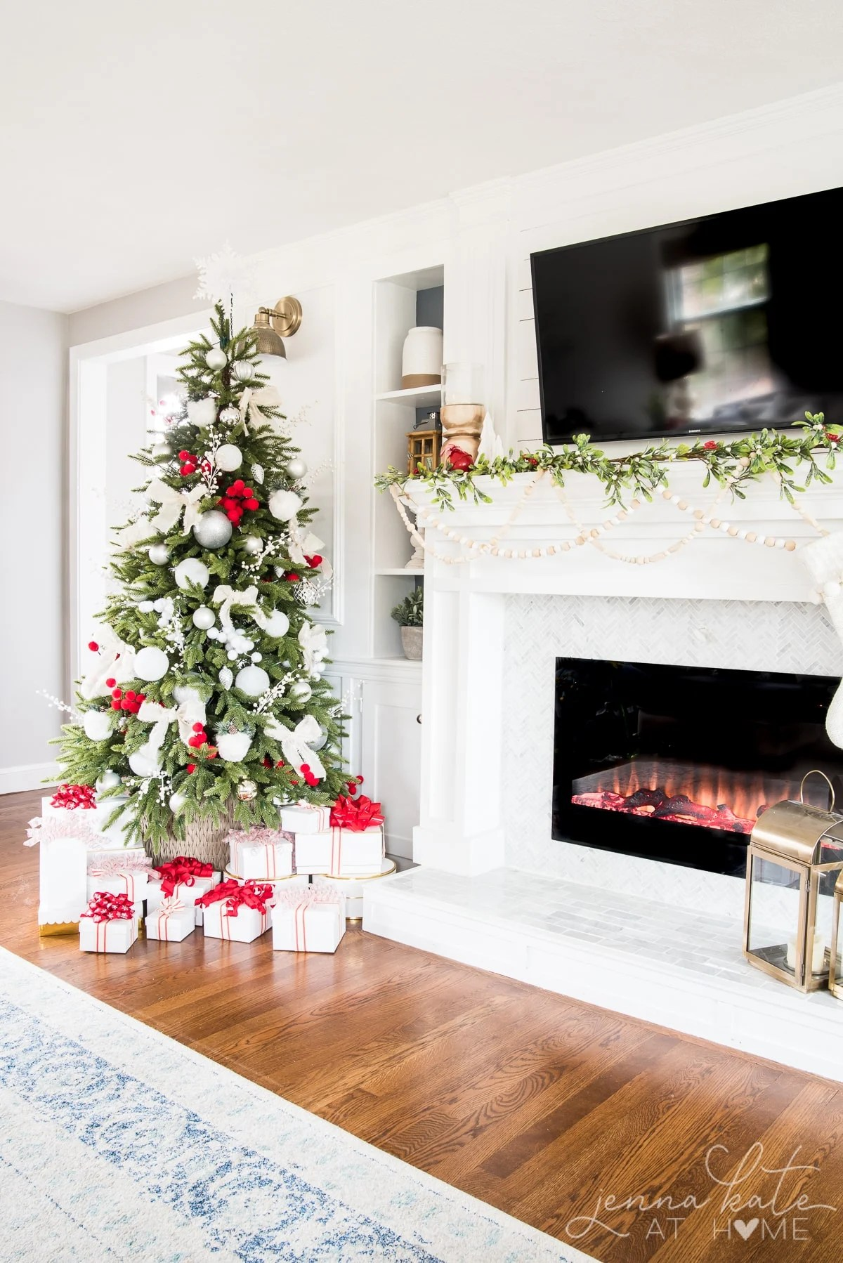 Modern and elegant Christmas mantel with garland