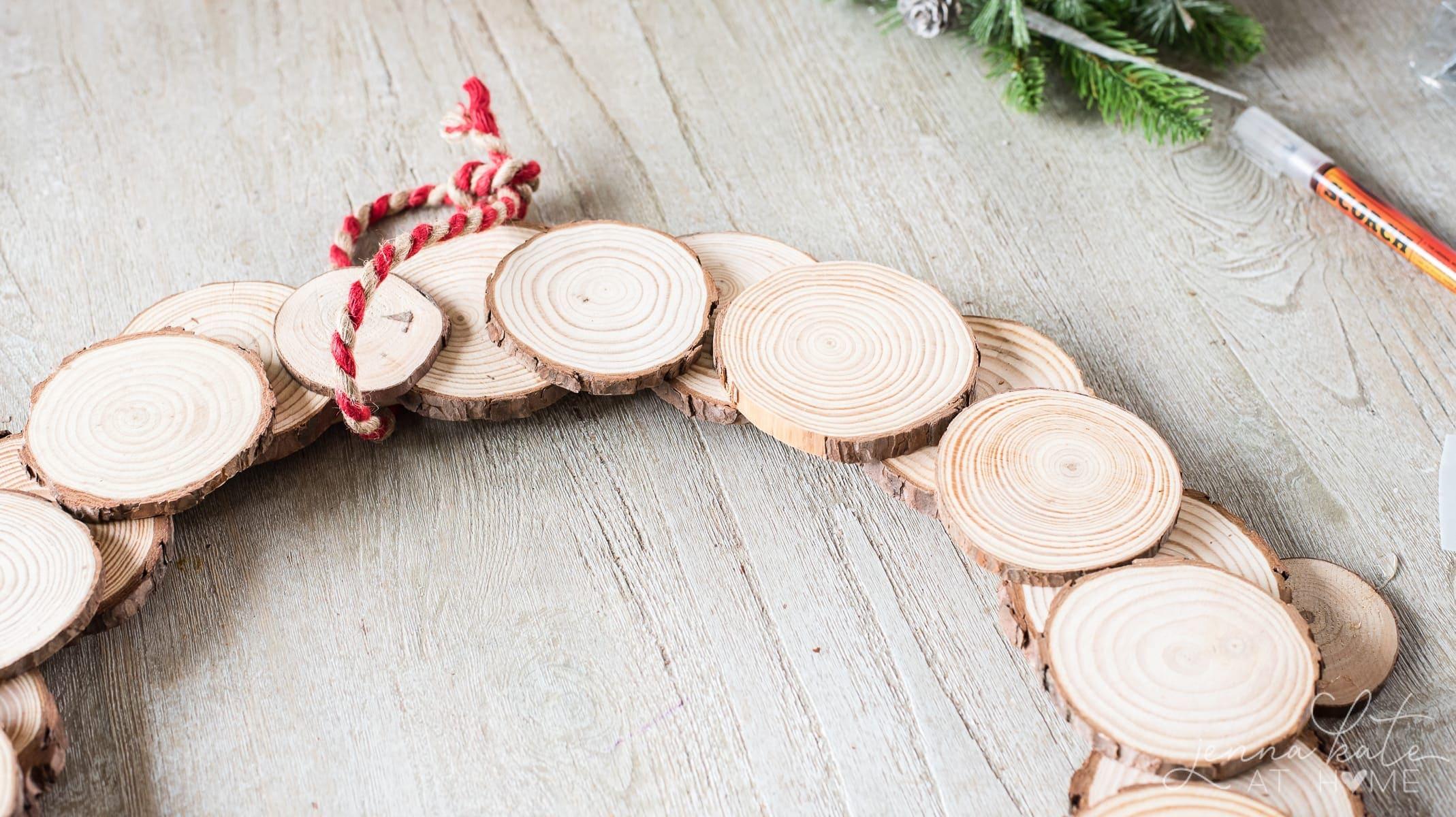 Glued wood slices