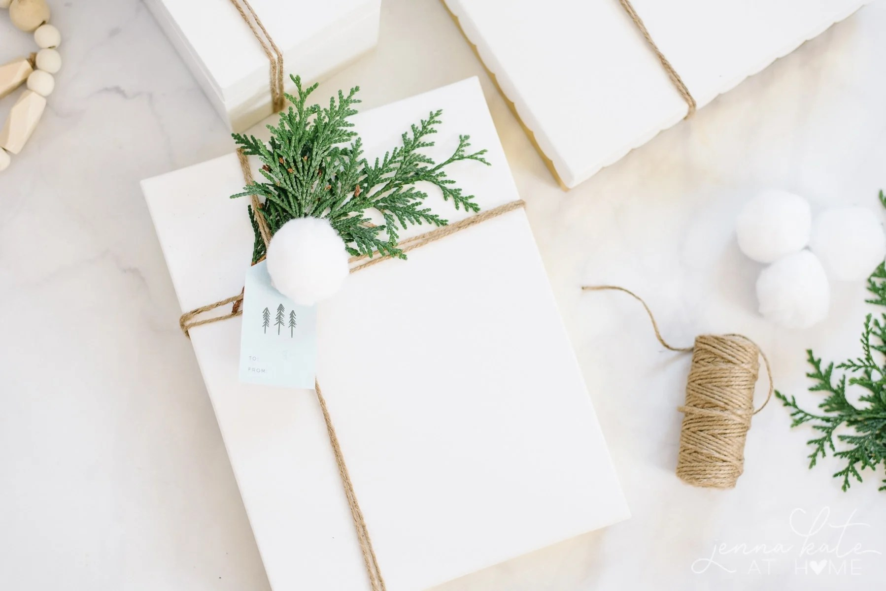 Christmas gift tag and wrapping ideas