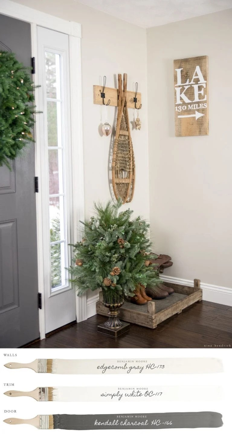 BM Edgecomb Gray neutral paint in an entryway