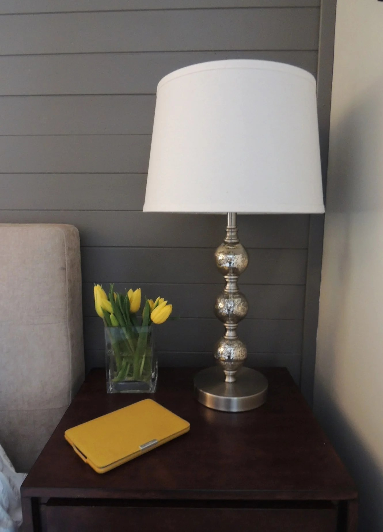 Sherwin Williams Gauntlet Gray accent wall
