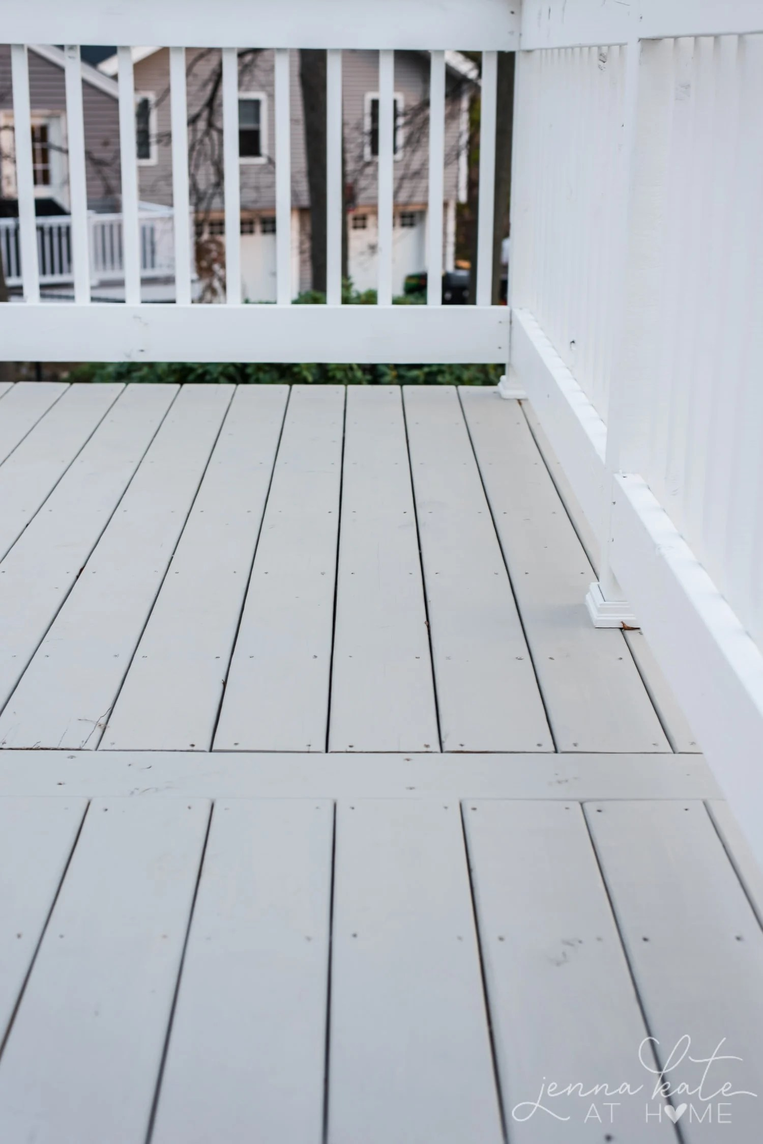 How to stain a deck with two colors