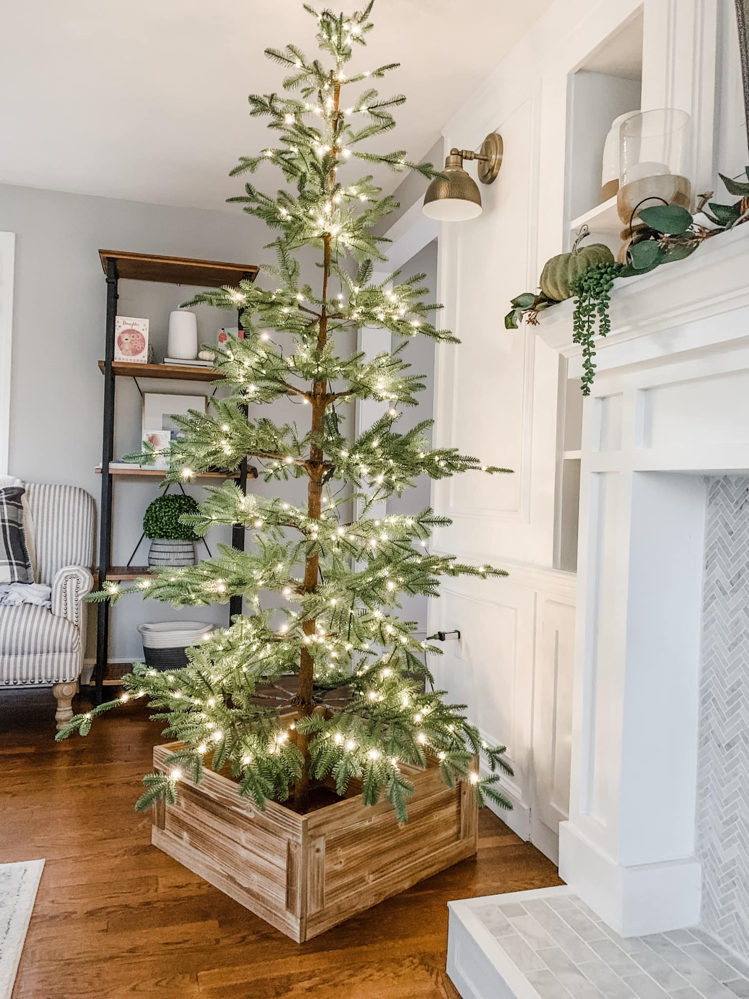 This Balsam Hill Artificial Christmas Tree is a simplistic, gorgeous tree that's perfect for classic, minimal holiday decor