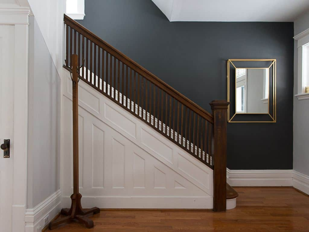 Black accent wall on stairs