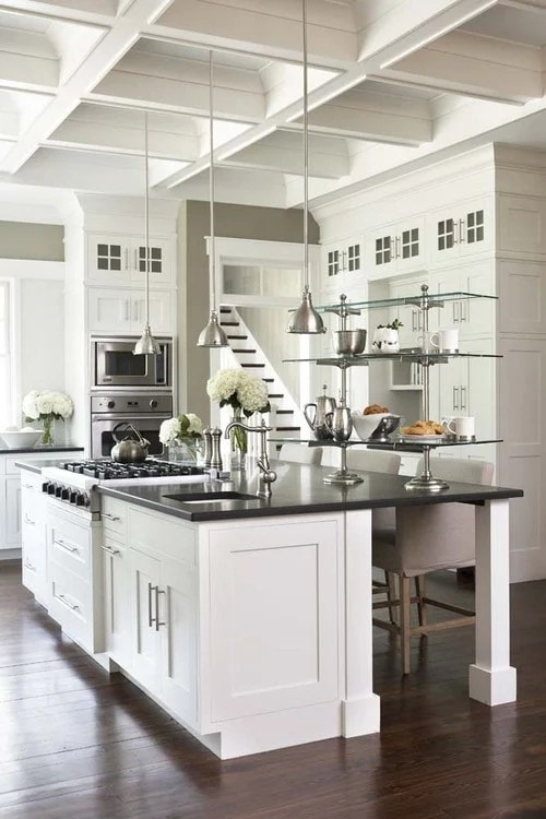 Pure White kitchen cabinets