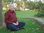 man-meditating-481796_1280
