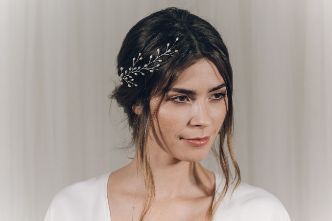 the right bridal headpiece for your wedding hairstyle | jenn