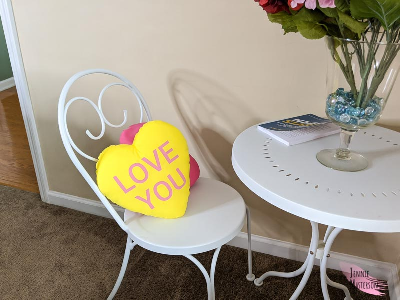 how to make a heart pillow with a free pattern and conversation heart svgs jennie masterson