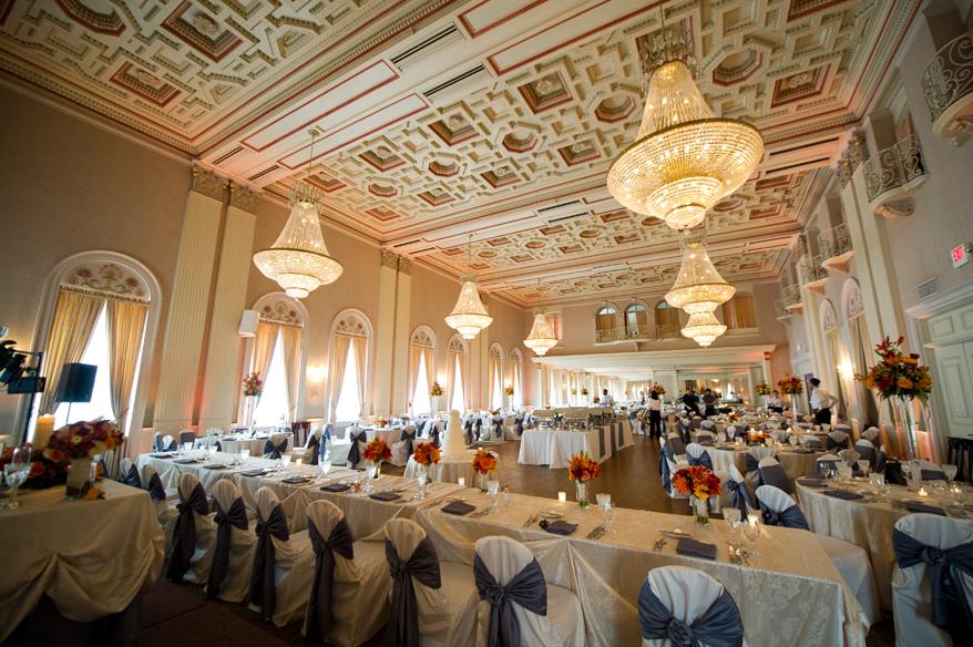 Milwaukee Athletic Club Wedding Photographer Andrea And